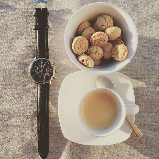 Wir wünschen Euch einen guten Start in den Tag.  Was sagt Ihr zum Bauhaus-Stil dieser Junkers Uhr? Gefällt Euch der klassische Look? Hier geht es zur Junkers-Kollektion im uhrcenter-Onlineshop:  https://www.uhrcenter.de/uhren/junkers/ #Junkers #Bauhaus #Uhr #uhrcenter #watch #Chrono #Chronograph #Lifestyle #Fashion #Accessoire #elegant #zeitlos #Armbanduhr #Geschenkidee #Picoftheday #Tipoftheday #wow #like