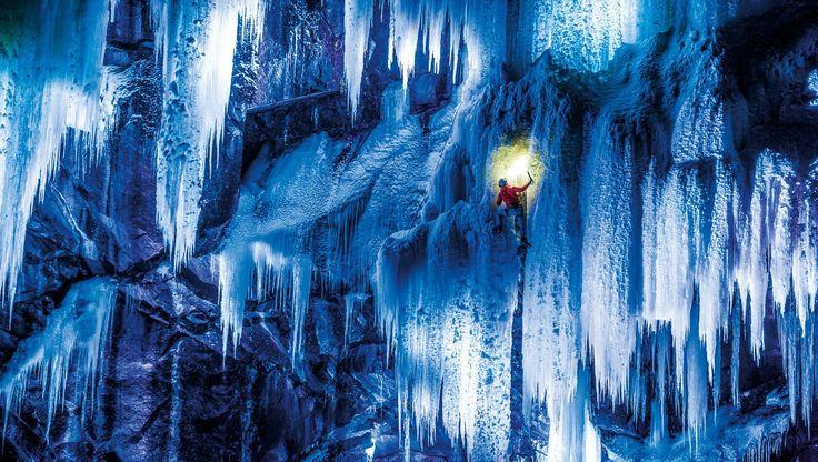 Eisklettern in der Nacht - ISKLATRING: ... 'Isklatring om natten'. - Foto: Thomas Senf / Mammut