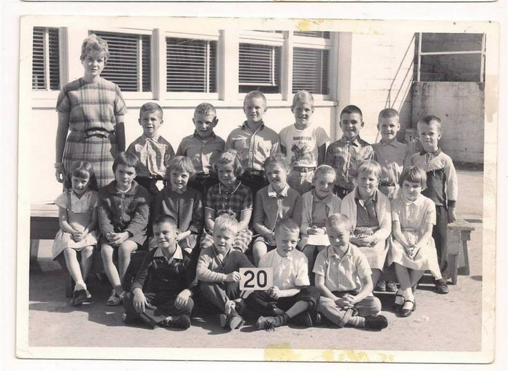 Miss McCurrah's grade 2 class. Me, third from left, middle row. Back row: Kelly Carson, Janiki, Mark Dueckman, Keith Colton, Rory Cromarty, Alan Shaw. Middle row: Kathy next to me, Linda Cargill, Heather _ Front: Alex Bodnar. Again - faces yes - names no. Will come to me later. — with Beverly Rosenke, Miss McCurrah, Kathy Montieth, Kelly Carson, Alex Bodnar, Richard Inglin, Barbara Rosenke, Mark Dueckman ... From Facebook