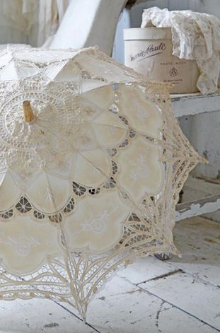Vintage French Brocante ~ Hat boxes and a beautiful lace umbrella.... ᘡղbᘠ