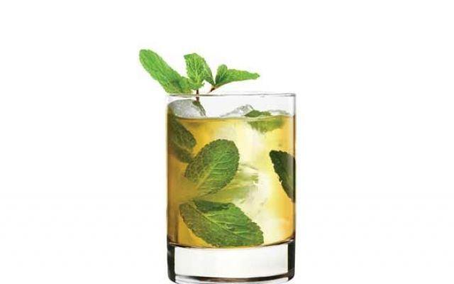 Ricetta cocktail Mint Julep: Drink rinfrescante #mintjulep #cocktail #ricetta