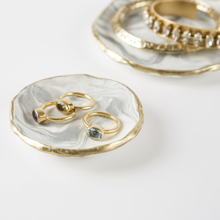 Marbled Jewelry tray kit | Brit + Co