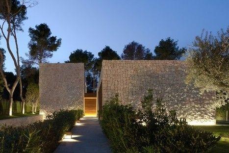Contrastes, végétation, murs de pierre, bois et lumière | Arkitektura xehetasunak | Scoop.it