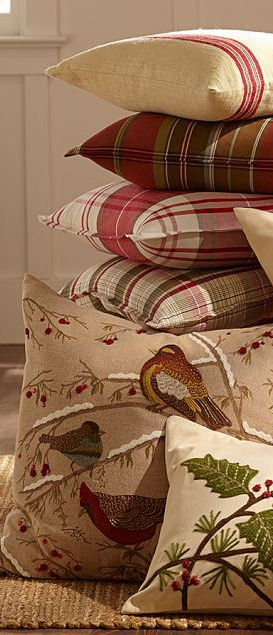 Rustic Christmas Ideas - love the coordinating rustic country style pillows