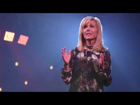 Beth Moore on Easter   A Reading Plan - LifeWay Women All Access