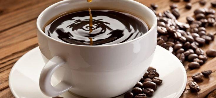 Мы любим начинать свой день с чашечки бодрящего напитка, кофе помогает нам проснуться. Но бывает и так: одно неосторожное движение — и на любимой блузке расплывается неприглядное коричневое пятно. Пятна от кофе вывести довольно трудно, особенно, если они старые, но всё-таки возможно. Ниже мы расскажем о том, как нужно действовать, чтобы спасти свою любимую вещь. […]