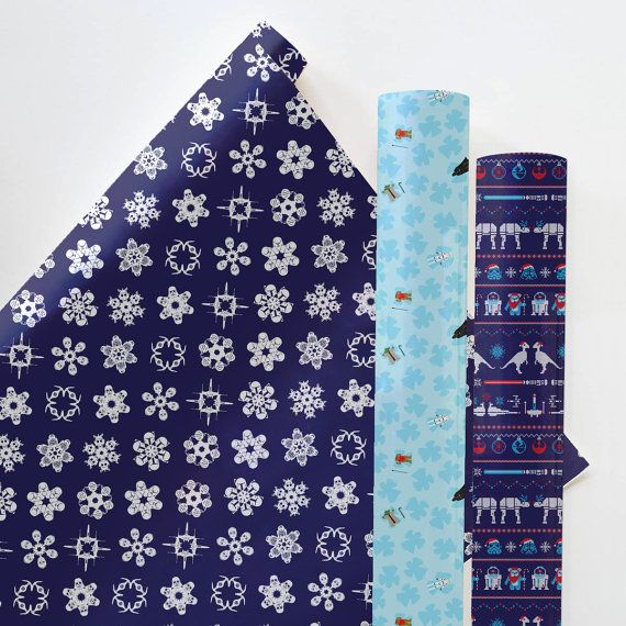 With its festive design this printable gift wrap is sure to delight your most avid star wars fans. Easy to make on your home computer and printer.