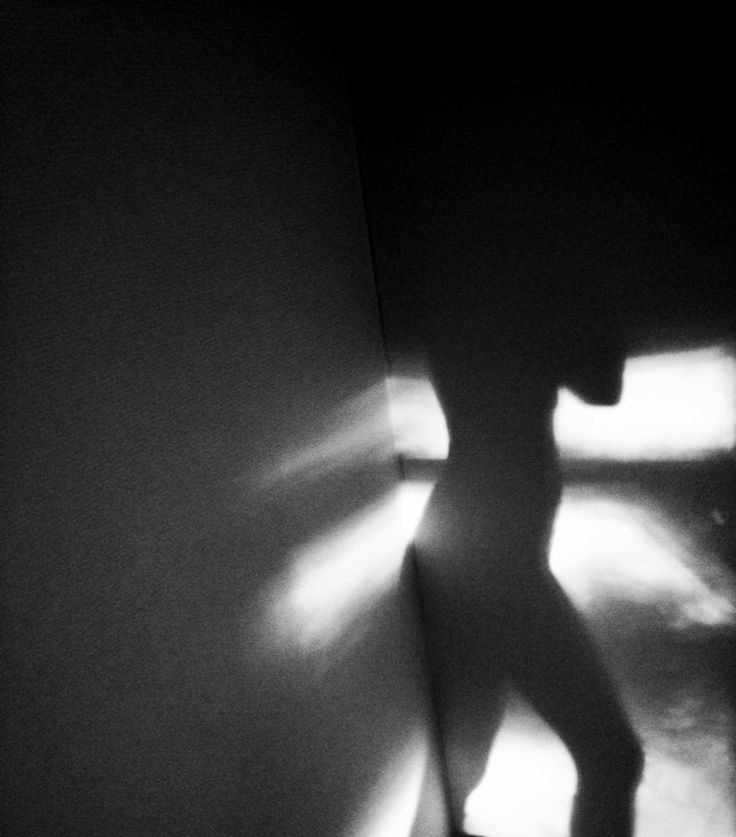 #art #photography #light #shadow #body #woman #beauty #artleanda  artleanda.com