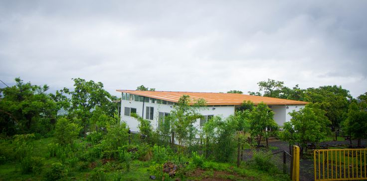 The completely eco-friendly Zenomme is built to be a part of nature. Keeping the eco-system intact.