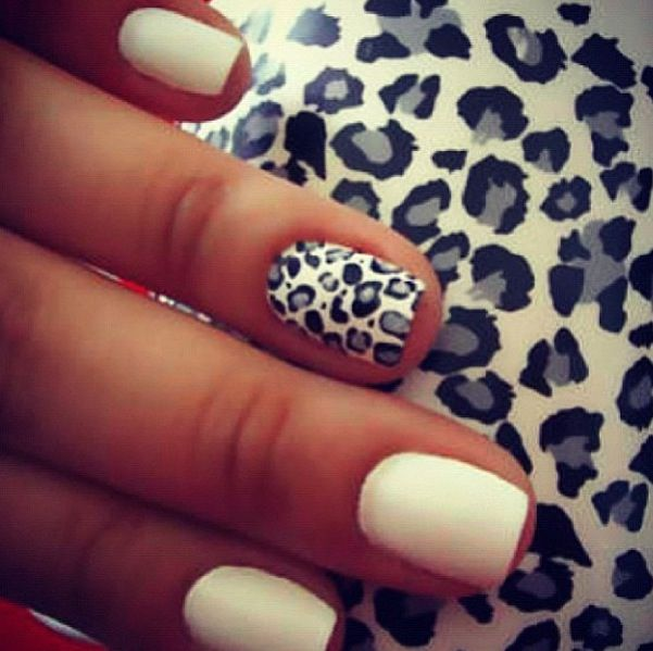 chic&classy nails!