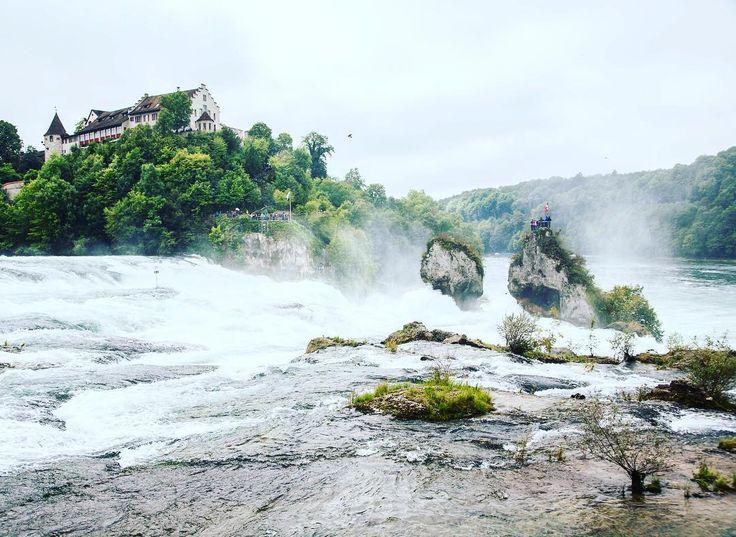 Castle Laufen over the waterfall Rheinfall in Switzerland . . . #schlosslaufen #rheinfall #schaffhausen #switzerland #schweiz #teamwanderlust #welivetoexplore #travelcommunity #timeoutsociety #wanderlust #travel_drops #beautifuldestinations #wonderful_places #exceptional_pictures #speechlessplaces