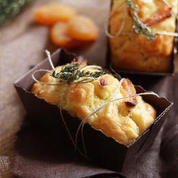 Cake abricots secs et chèvre