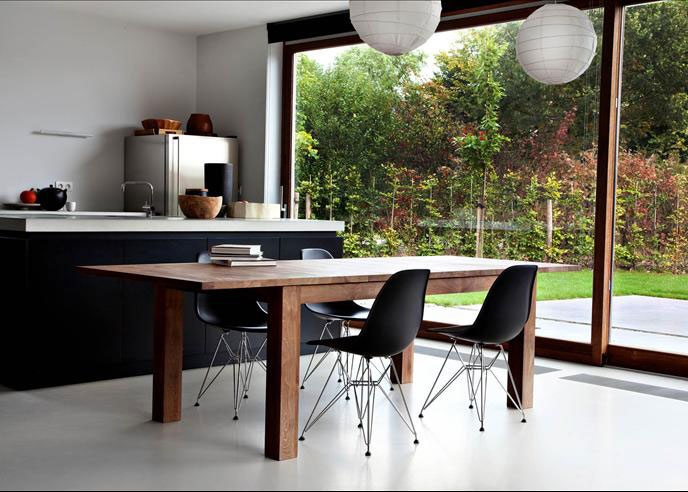 Kitchen: Ethnicraft table, amazing Chairs, Clean modern lines and a big window
