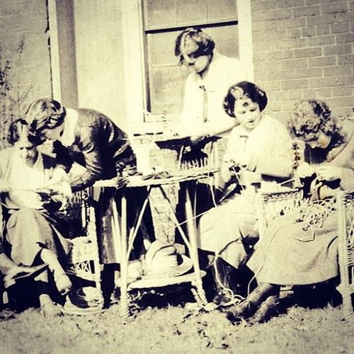 This 1922 basketmaking class was offered by the Recreation Department, a predecessor of the Department of Occupational Therapy in the VCU School of Allied Health Professions.