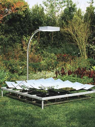 The Sunflower 250: the first solar concentrator small and light enough to fit on a roof. via wired.com #conchoidofnicomedes