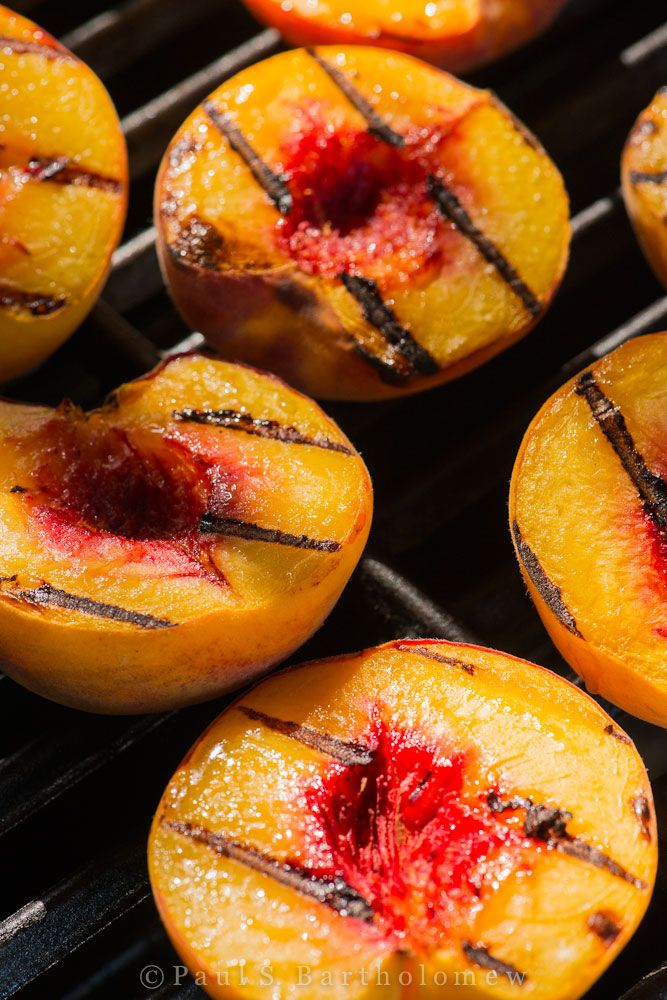 Grilled Peaches with Rosemary and Balsamic Vinegar.  Beautiful.  #vegetarianbbq #memorialdayfood