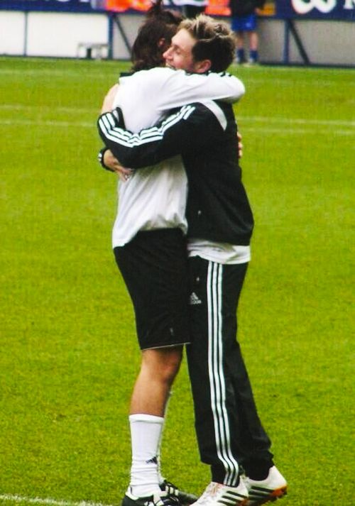 Literally so adorable! #TeamNiall (Niall's charity football match in Leicester 5.26.14)