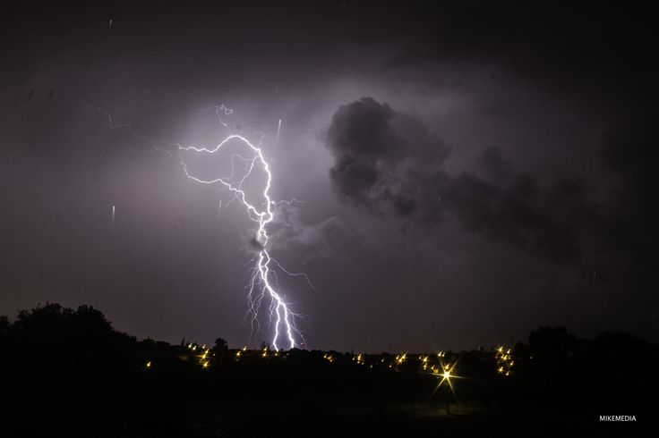 Thunderbolt by Michael Mavris on 500px