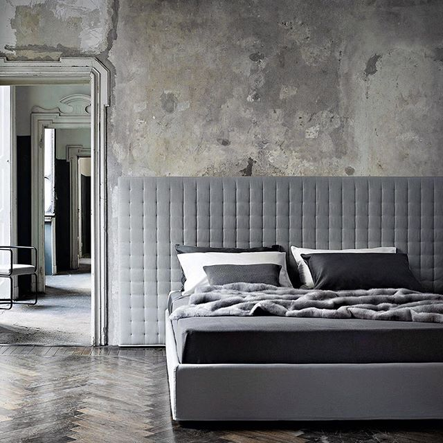 Pure luxury.  Ivano Redaelli's textile and furniture collections are just beautiful.   #ivanoredaelli #interiorluxury #bed #bedroom #bedlinen #interiors #interiordesign #archiproducts #archilovers #pureinteriors #pureconcept