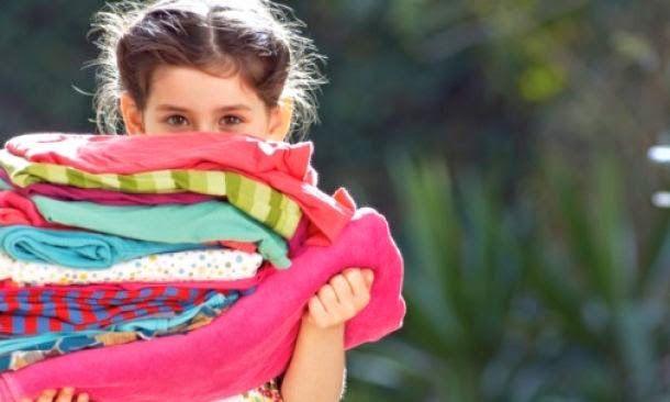 Πανεύκολα tips για να αφαιρέσετε τη ΜΟΥΧΛΑ από τα ρούχα σας!