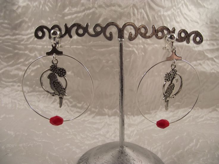 """Boucles d'oreilles clips créoles argentées """"Perroquet"""" : Boucles d'oreille par perles-in-the-sky"""