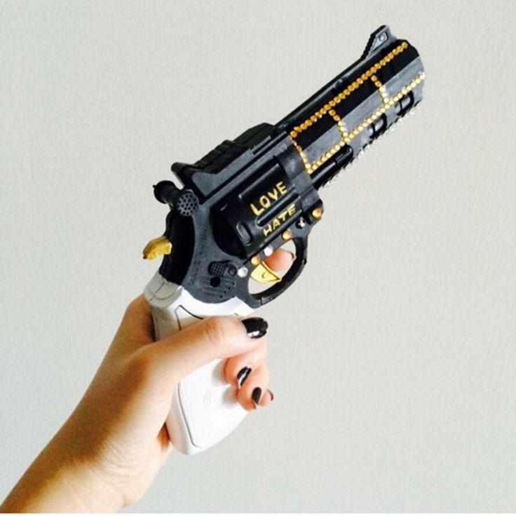 Accessori per vestito nero trigger