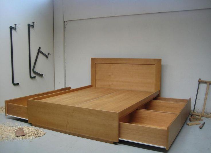 Oltre 25 fantastiche idee su letti in legno su pinterest letto casa colonica letto e letto - Letto matrimoniale cassetti ...
