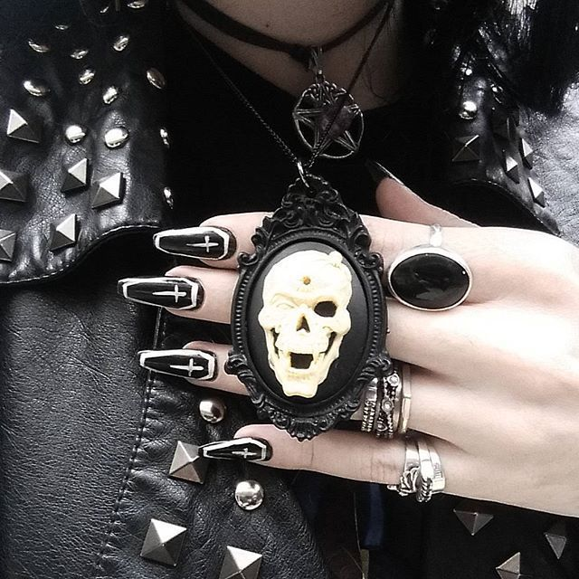 Goth fashion / Gothic women's accessories / skull cameo necklace / Black nails w/ crosses