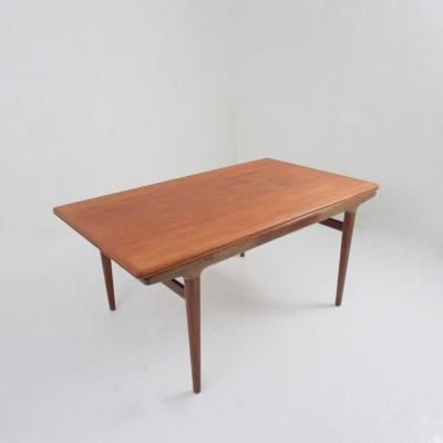 1950s Generous Stunning Mid Century Rosewood Coffee Table