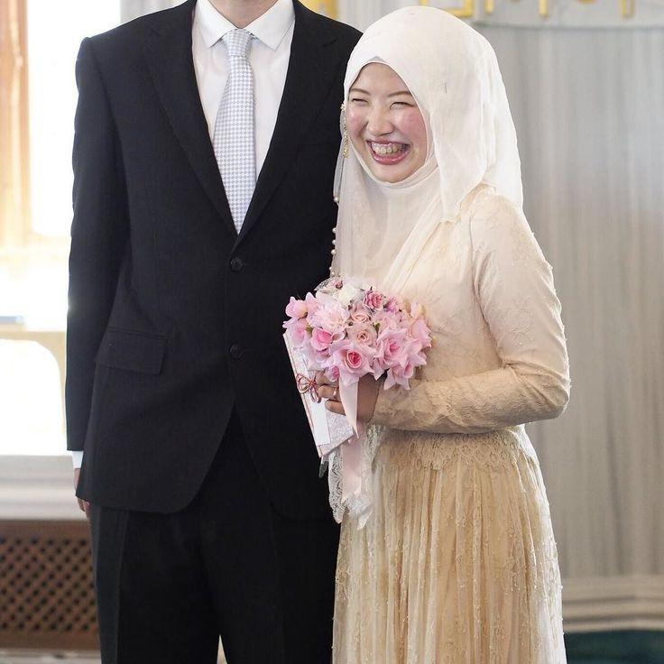 : Islam in  25th May 2016 May Allah give me the strength wisdom and ability to make you happy with my smile. Amiin アッラーが強さと知恵と私の笑顔で あなたを幸せにする力をくれますようにアーミーン - - - - -  - - - - -  Snapchat : arisamaryam #東京 #日本 #日本人 #イスラーム #ムスリム #tokyo #japan #japanese #jepun #jepang #japanesemuslim #islam #muslim #muslimah #hijabi #hijab #thenewmuslim #nikah #muslimwedding #wedding #tokyocamii #masjid #結婚 #結婚式 #国際結婚 #国際恋愛 #モスク #東京ジャーミー by nurarisamaryam