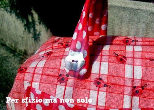 Cucito creativo - borsa - bauletto - beauty per bimba