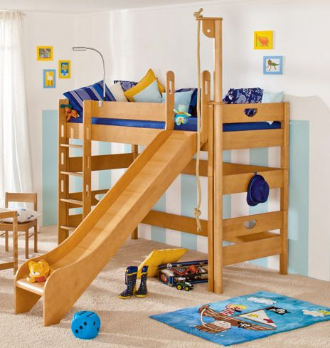 Luxury bed Love the rope pulley