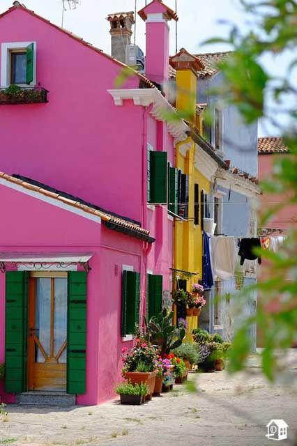 In Diesem Teil Von Venedig Findet Ihr Wirklich Alle Hausfarben