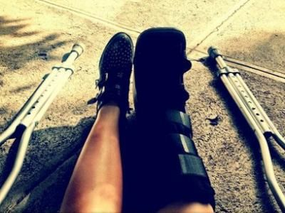 7 Ways to Keep Your Sanity While Recovering from a Broken Leg ...