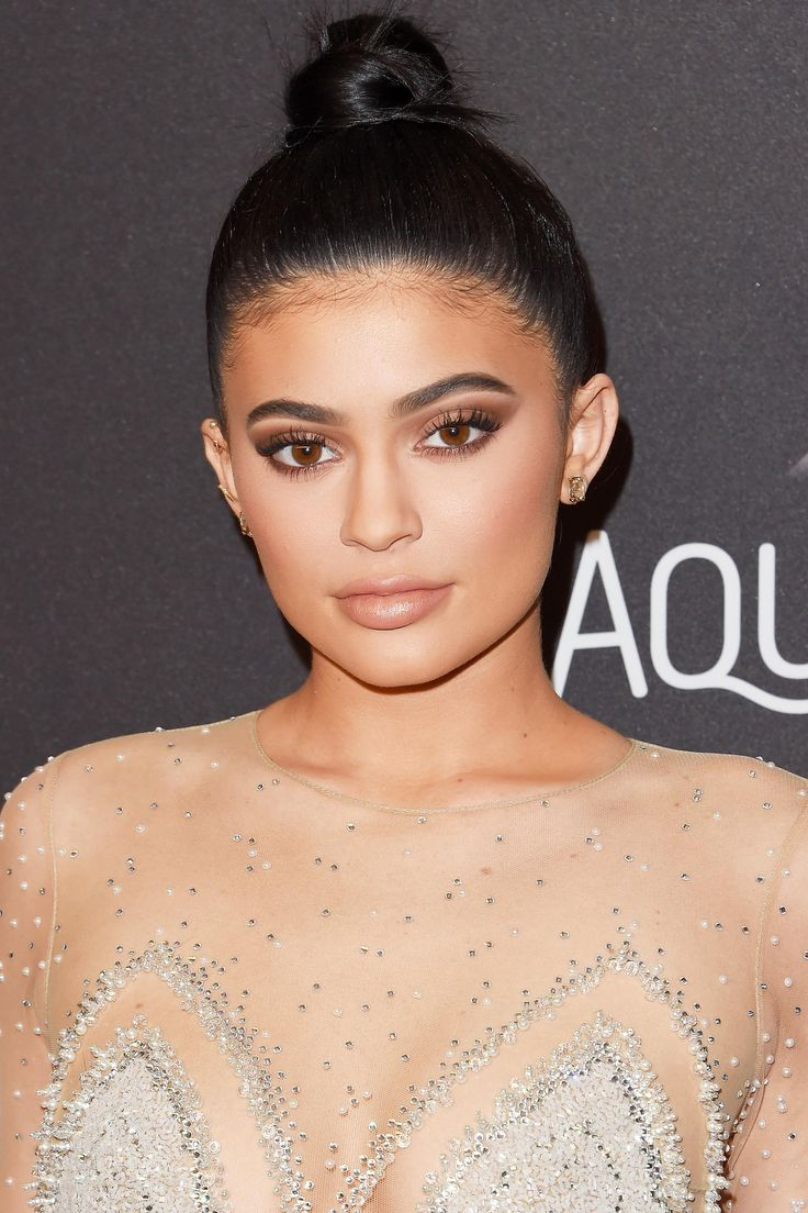 The Ever-Changing Hair of Kylie Jenner: A Retrospective
