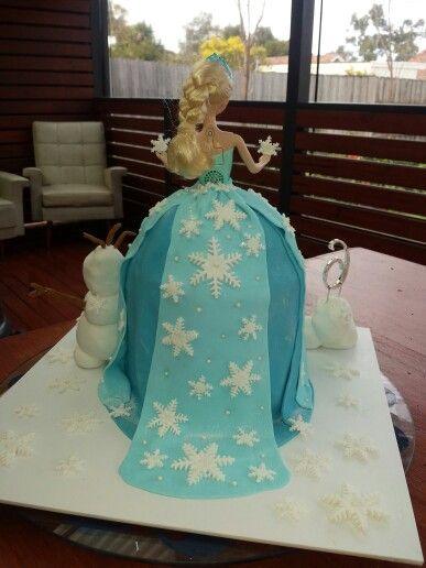 Elsa fondant cake back view