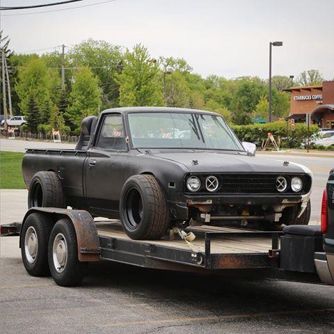 "radracerblog: ""Datsun 620 Mini Truck (1uz) """
