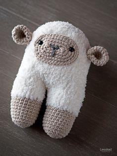 Beeetty the Sheep Amigurumi Free Pattern ( Scroll Down bellow Spanish Pattern)