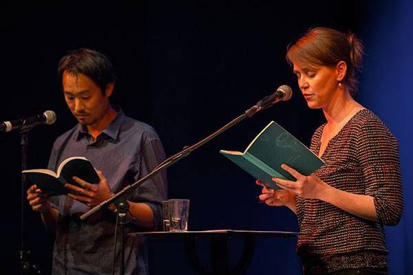 Poetisches Wasserwerk: Jeffrey Yang und Beatrice Faßbender (Berenberg Verlag) im Muffatwerk (10.11.) © Christian P Schmieder #litmuc13