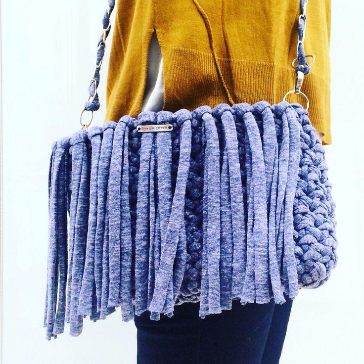 #trapilho #totora #trapillo #hechoamano #tejer #bolsotrapillo #bolso #handmade #santapazienza #ganchillo #crochet #amano #dyi #tshirtyarn