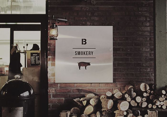 B Smokery  - skjult perle i Helsinki - anbefalt Silje - BBQ-ravintola Helsingissä. Savustettua ruokaa. Ribs, pulled pork, brisket, seitan...
