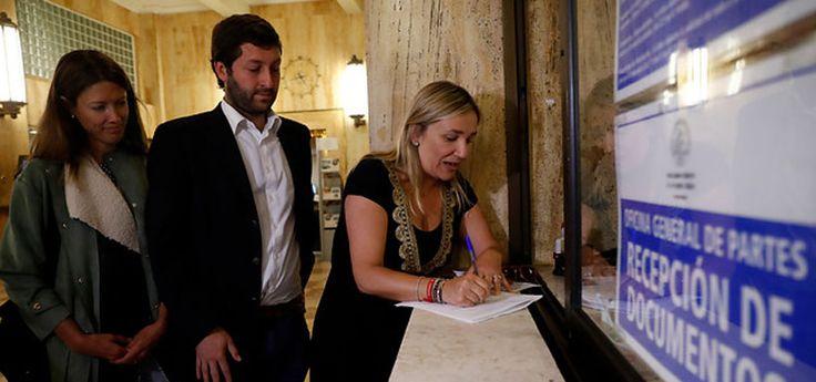 Diputados UDI acuden a la Contraloría por supuesto intervencionismo electoral del gobierno - LaTercera
