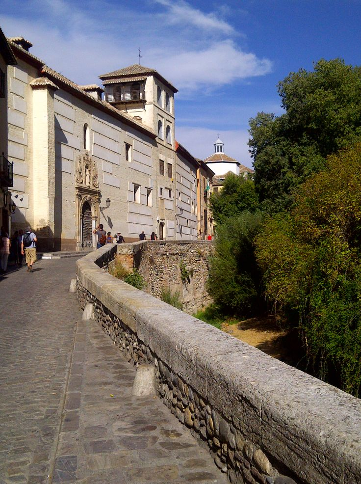 Carrera del Darro. Granada  #granada #granadatours #andaluciatours #andalusiaguidedtours #privatetours