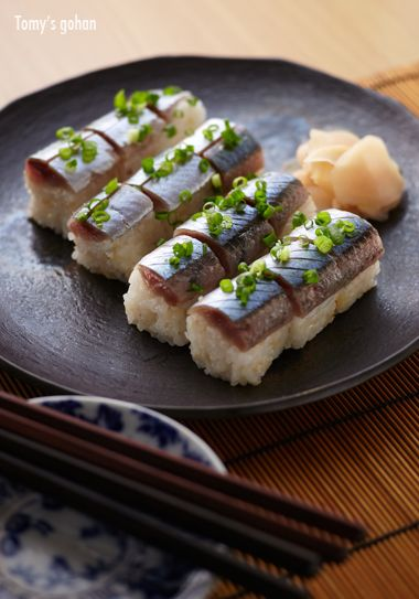 Sanma (Pacific saury) rod shaped pressed sushi 秋刀魚の棒ずし Love the plate!