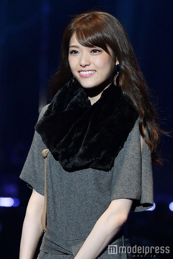 ファッションモデルの松村沙友理さん