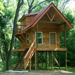 Small cabin on stilts plans cabin on stilts cabin on for Small river house plans