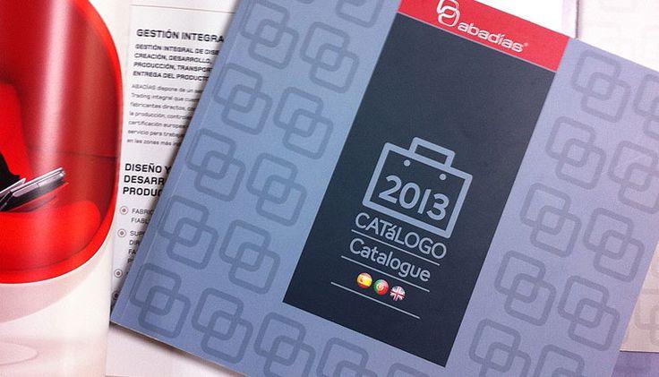 Diseño de catálogo de productos Abadías: Compromiso y Satisfacción #diseñoeditorial #catalog