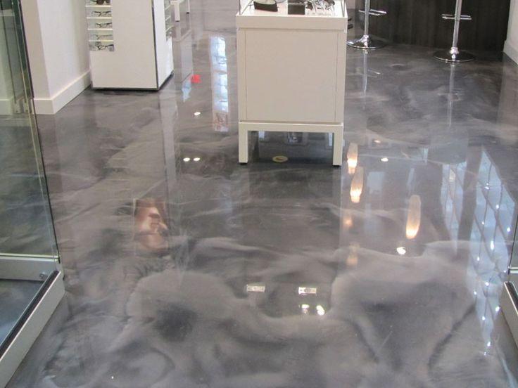 Exquisite stained concrete floor.( NOVO BÉTON )  Art Béton / concrete Art. Metallic epoxy