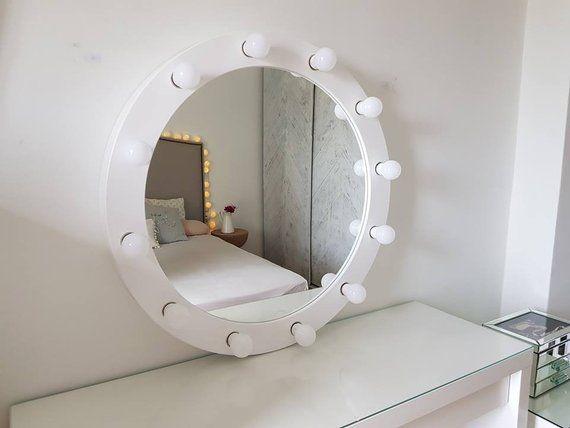 Large Hollywood Mirror With Lights Vanity Round Etsy Espelho Camarim Decoracao