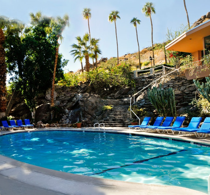 One of three pools at the palm springs tennis club resort for Palm springs strip hotels